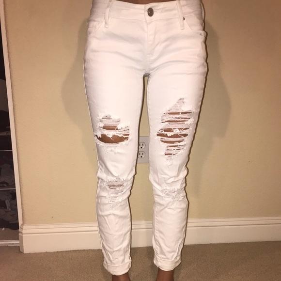 Pacsun ripped white jeans. M 5becefd9bb7615d5c16a0e64 8e5ab564e9d5